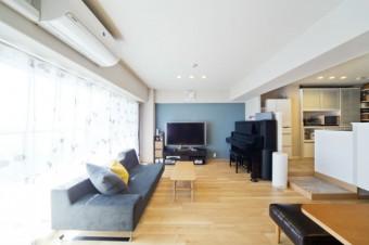 動線が改善したキッチンと、アクセントのある内装が印象的なお家  堺市