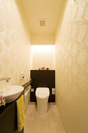 TOTOレストパルで上品なトイレ空間に 神戸市
