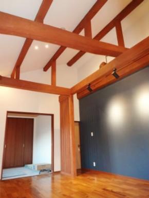 勾配天井で開放的な古民家リフォーム 奈良市