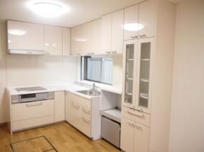 ダストボックスワゴンが収納できるL型キッチン 大阪市