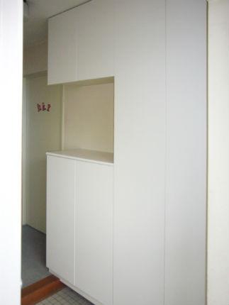 白いコの字型玄関収納『パナソニック コンポリア』 神戸市東灘区