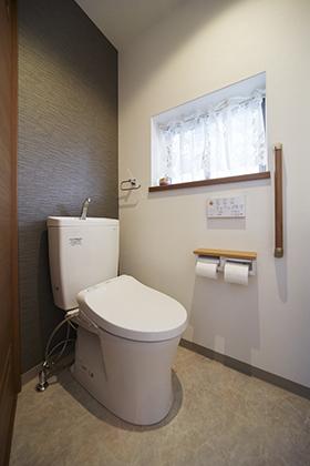 和式から洋式トイレへ改装【TOTOピュアレストQR】 大阪市