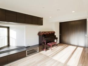 開放感と収納を兼ね備えた「ロー&ウォールスタイル」 伊丹市