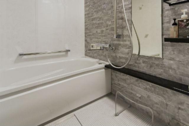 お掃除が楽になりキレイを保つ人工大理石浴槽の【TOTO WG】