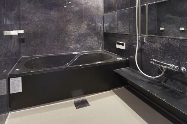 おそうじ浴槽で手軽にキレイを実現!快適なバスルーム