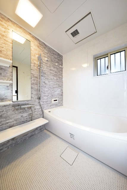 寒かったお風呂を一新!断熱効果もアップしたバスルーム