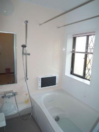 浴室テレビと酸素美泡湯で快適バスルーム!