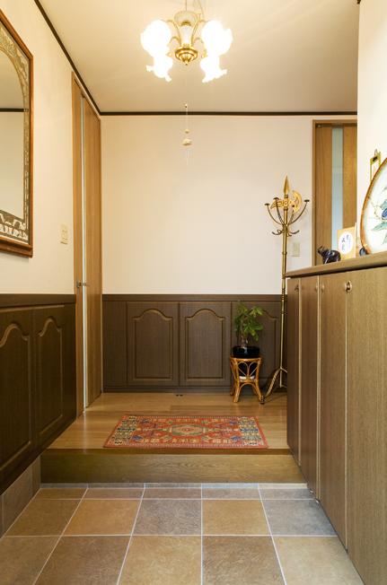 きれいな土間タイルの玄関