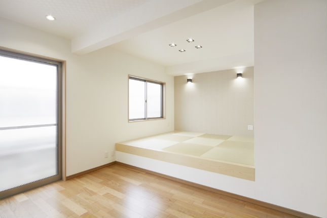 リビングに立体感や奥行きが生まれる小上がりの和室