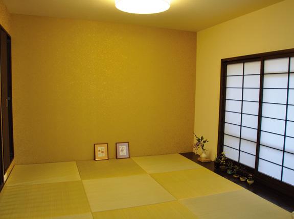 縁なし琉球風畳の市松敷きでモダンな和室