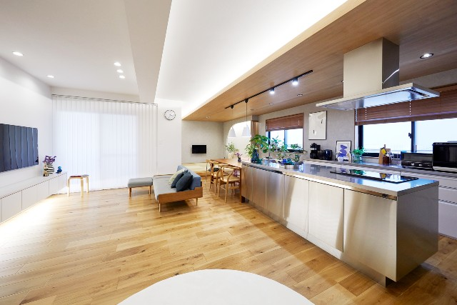 こだわりのアイランドキッチンで映える空間