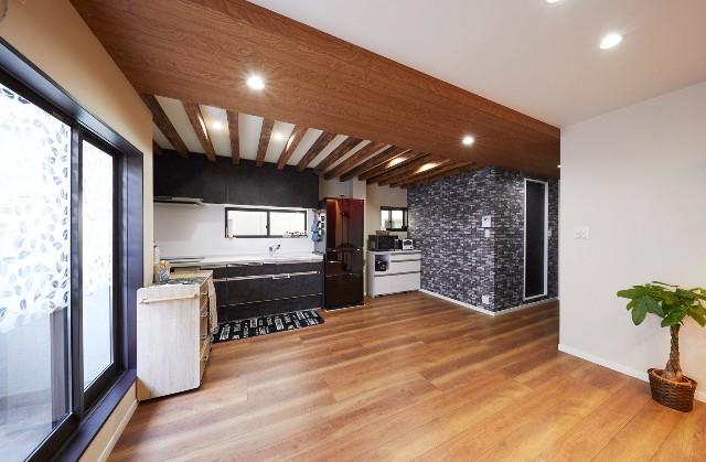 移設によって明るくなったキッチン空間