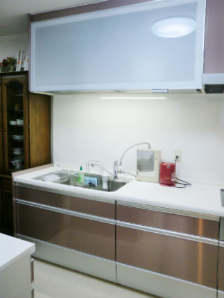 ボーテロゼのカラーで統一したキッチンスペース 【クリンレディ】
