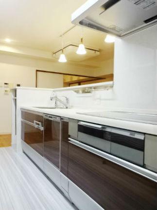 デッドスペースや作業動線をきちんと考えた理想のキッチンへ