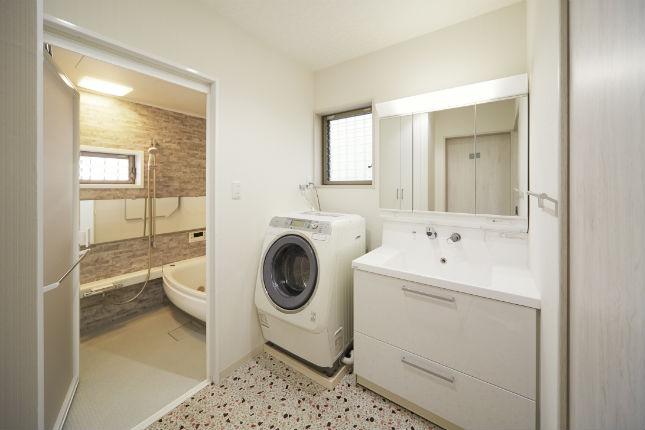 オールスライド収納の洗面台 キューボ