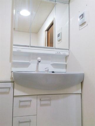 シンプルな洗面化粧台「ノーリツ シャンピーヌS」