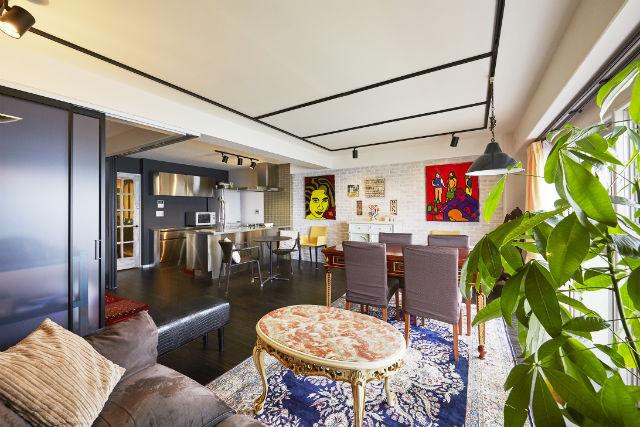 和室と間仕切壁を撤去して風通しの良い大空間リビングへ