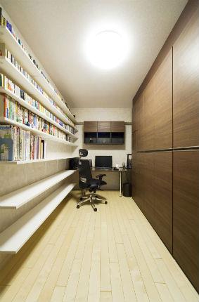 ダイケン ミセルでたくさん収納が出来る書斎
