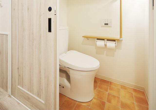 おしゃれなトイレ空間に!賢いトイレの床材選びとお手入れのコツ