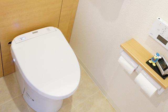 手洗い器付の「レストパル」で掃除のしやすいスッキリとしたトイレへ