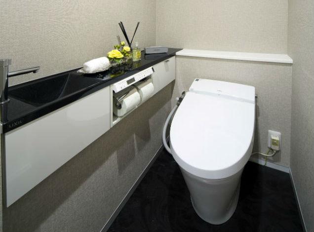 人造大理石の手洗いカウンター【キャパシア】でスタイリッシュなトイレ