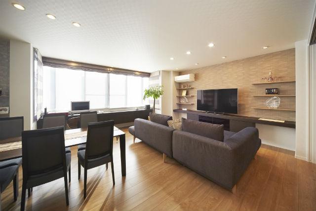 旅館のような和モダンな和室が自慢の二世帯住宅全面リフォーム